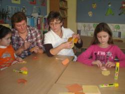 Forradalmian új módszert talált ki a két pedagógus: Origami a betűtanításban