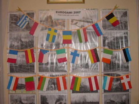 Györfi-Deák György: Zászlók