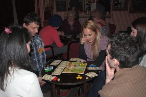 Bethlen Café Játékklub 04