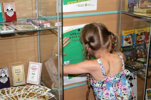 jáTÉKA kiállítás 5: Kártyák és látogatók 11