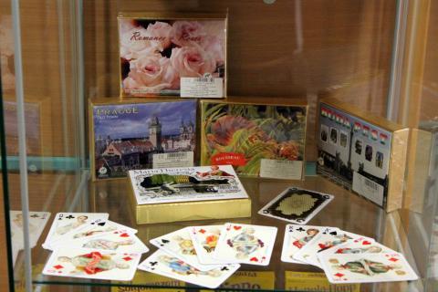 jáTÉKA kiállítás 5: Kártyák és látogatók 18