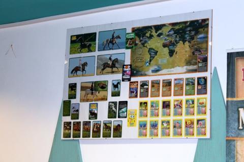 jáTÉKA kiállítás 5: Kártyák és látogatók 24