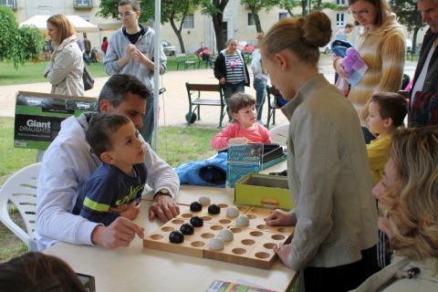 Békés viaskodók a Játéktéren 09