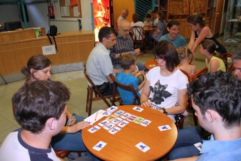 Vigyázz(6) kártyaverseny 06