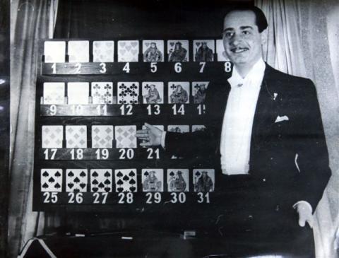 Rodolfo kártyatáblával